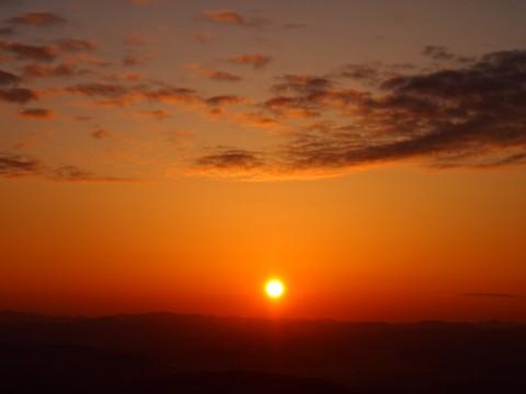 高谷山霧の海展望台からの朝日