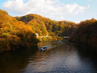 神龍湖の遊覧船