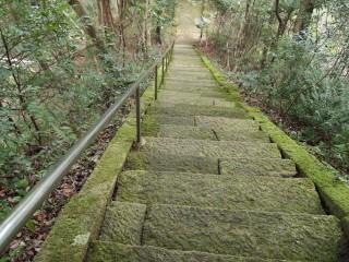 茂宇気神社 階段